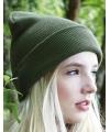 Basic winter muts olijf groen